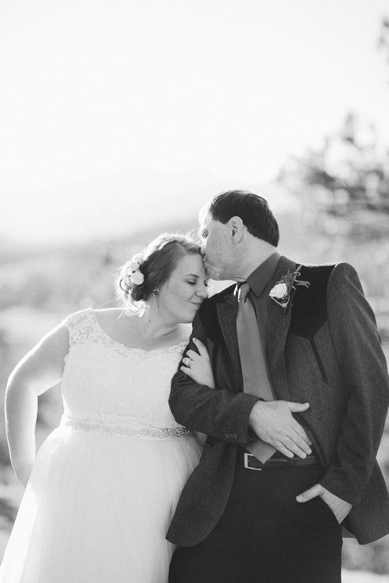 bride and groom in Estes State Park, Colorado
